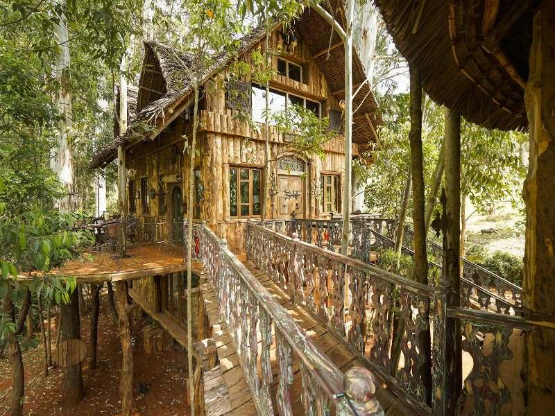 Airbnb σπίτια - μεγάλη οθόνη