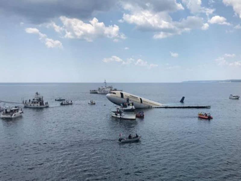 Τουρκία: Βύθισαν αεροσκάφος στη θάλασσα για… τον τουρισμό
