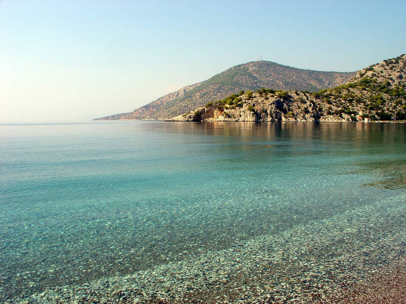 Οι ακατάλληλες παραλίες της Αττικής! Που δεν πρέπει να κάνετε μπάνιο;