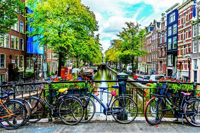 Άμστερνταμ κανάλια με ποδήλατα