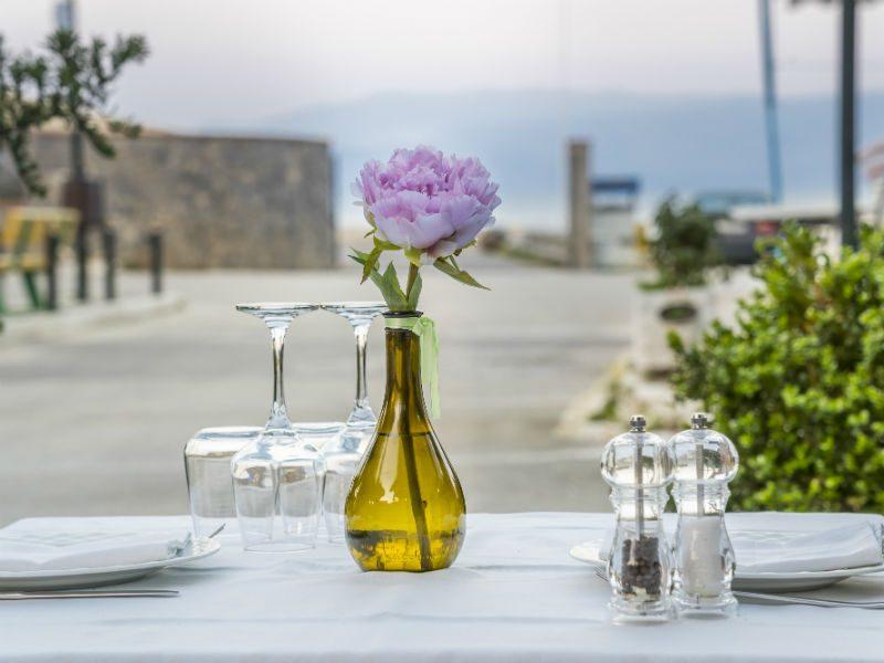 Η υπέροχη ταβέρνα στην Κέρκυρα που αποτελεί κοινό µυστικό µεταξύ των ντόπιων!
