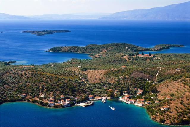 Παλαιό Τρίκερι νησί