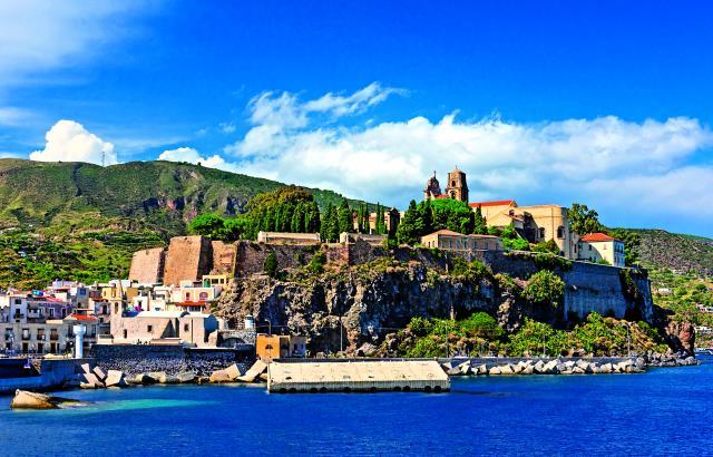 Αιολίδες νήσοι, Σικελία