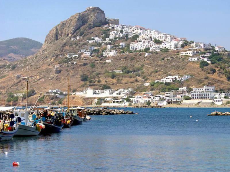 """Τα ελληνικά νησιά του """"τζαμπατζή""""! Τρως, πίνεις και κοιμάσαι με 50€!"""