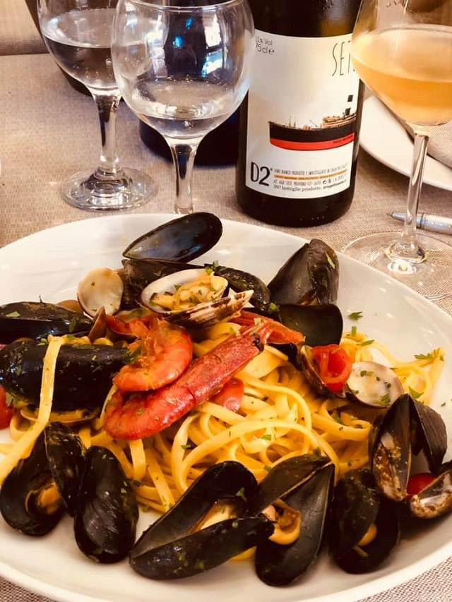 Pasta με θαλασσινά στο La Tavernaccia da Bruno