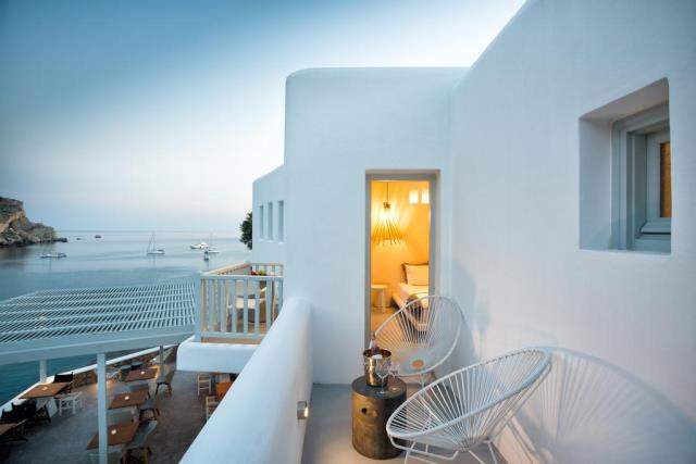 Blue Sand Boutique Hotel & Suites, Φολέγανδρος