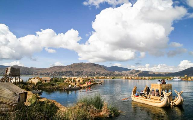 λίμνη Τιτικάκα Περού