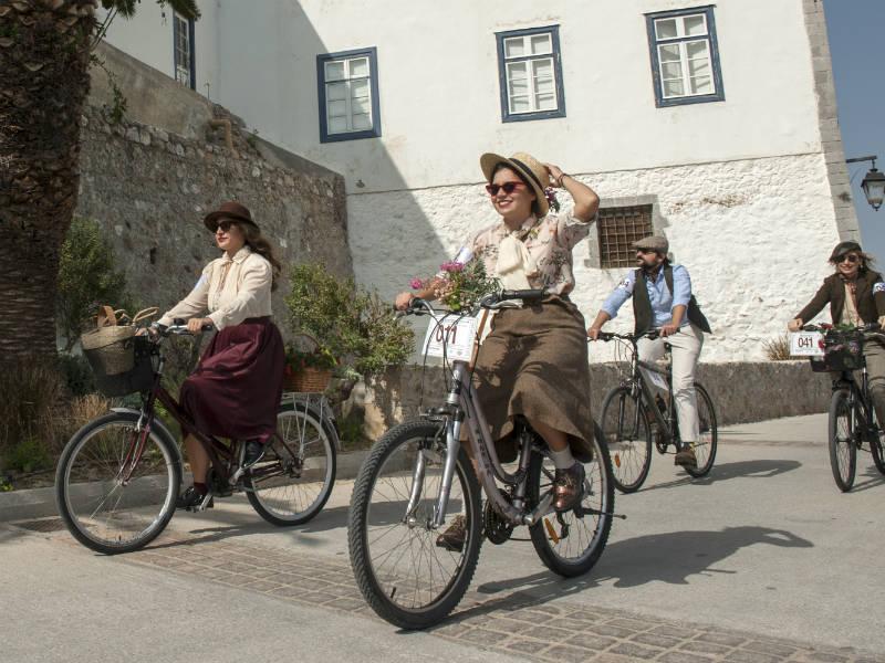 Tweed Run Σπέτσες: Ετοιμαστείτε για μια vintage ποδηλατάδα στο Νησί των Αρωμάτων!