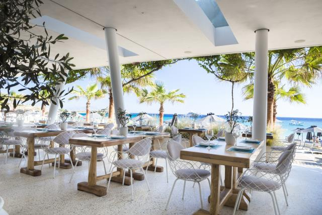 Anios Seafront Restaurant - Mykonos Dove