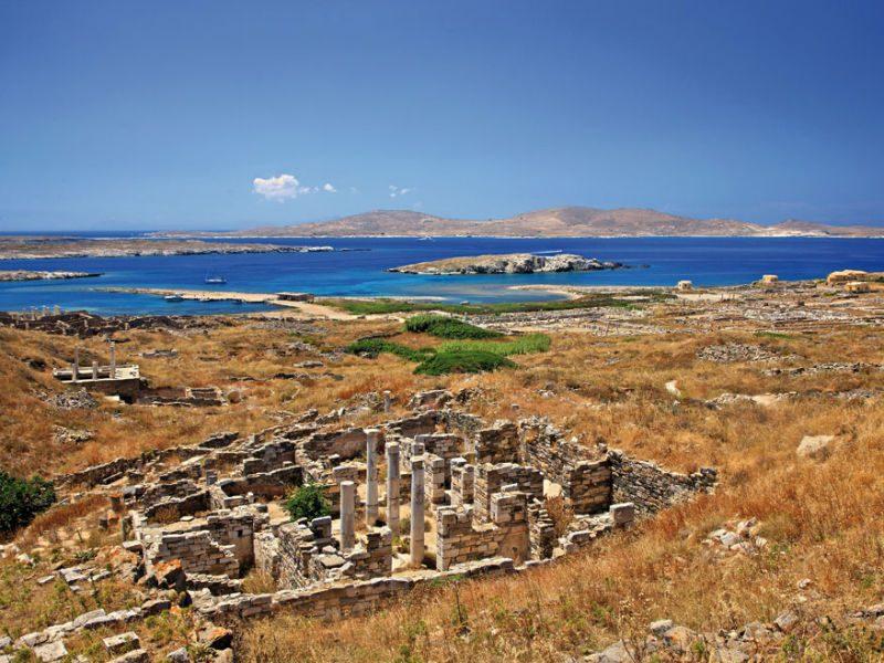 """Δήλος: Το νησί που """"ζει στη σκιά της Μυκόνου"""" είναι γεμάτο με αρχαίους θησαυρούς!"""
