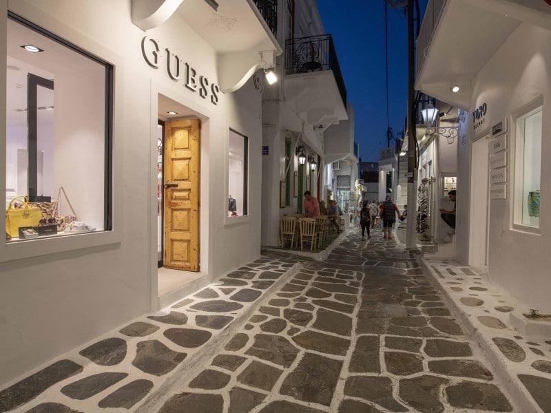 Μύκονος νέο κατάστημα GUESS