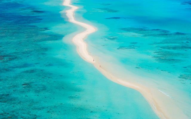 Μαλδίβες άμμος, παραλία