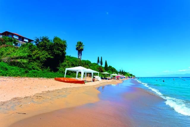 Παραλία Περούλια, Μεσσηνία
