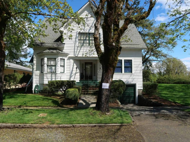 Airbnb: Τώρα μπορείτε να μείνετε στο σπίτι της Μπέλα από το «Twilight»!