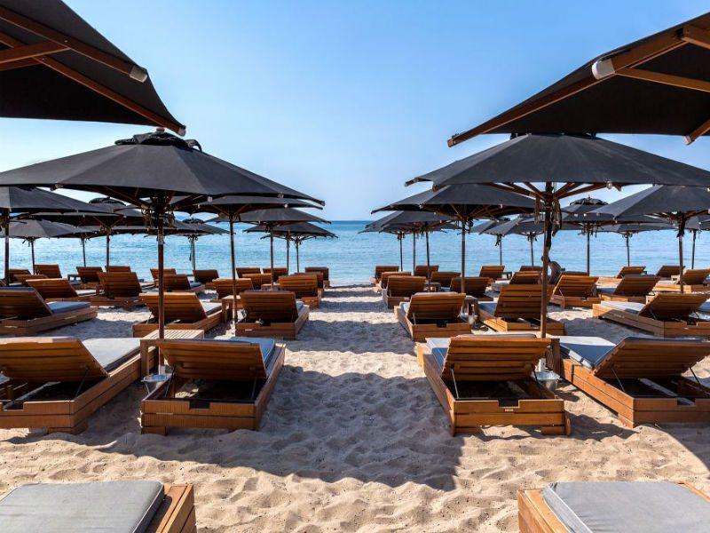 Οι καλύτερες παραλίες με άμμο στην Αττική