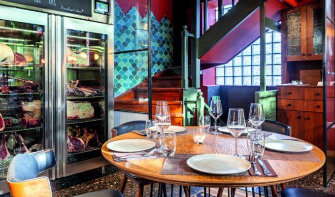 Wood Restaurant: Το ολοκαίνουριο εστιατόριο στην Κηφισιά με απόλυτο πρωταγωνιστή το κρέας!