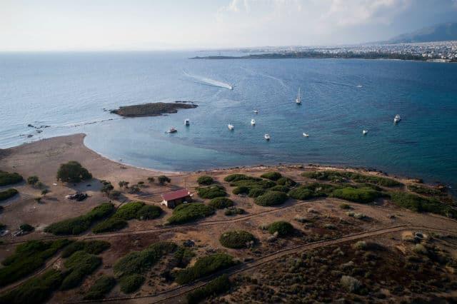 Υδρούσα - ιδιωτικό νησί Αττική