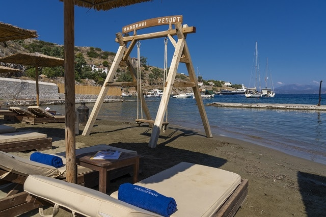 Mandraki beach resort