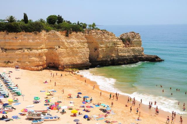 Praia da Senhora da Rocha - παραλία στην Πορτογαλία