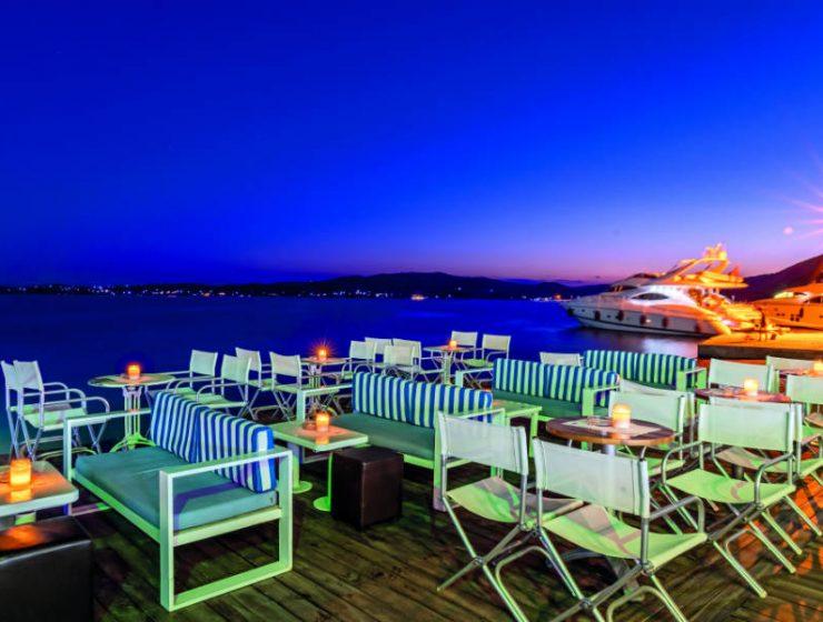Cavo Bianco: Το απόλυτο summer hot spot της Ελληνικής Ριβιέρας