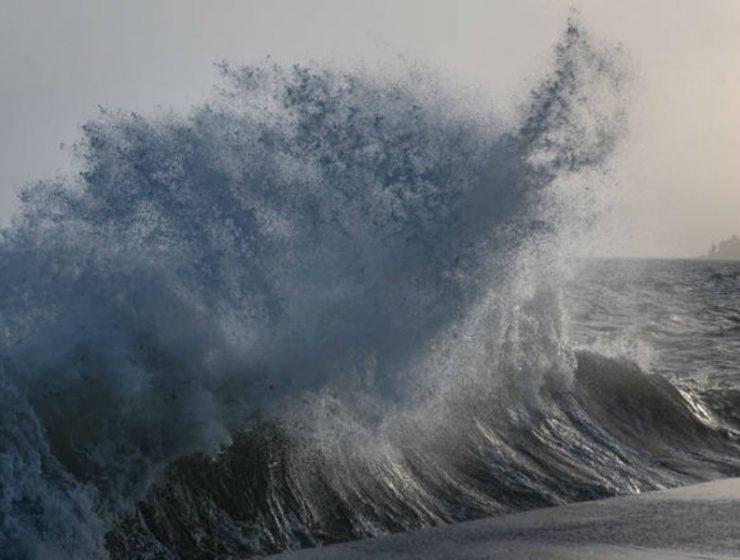 Κύματα - τσουνάμι