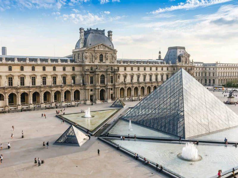 Μουσείο του Λούβρου, Παρίσι