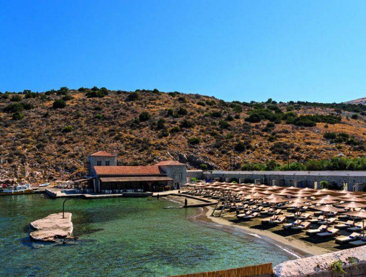 Mandraki beach resort - παραλία Ύδρα