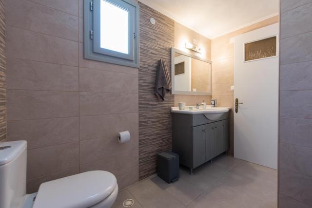 Paradise Home, Σίφνος - μπάνιο