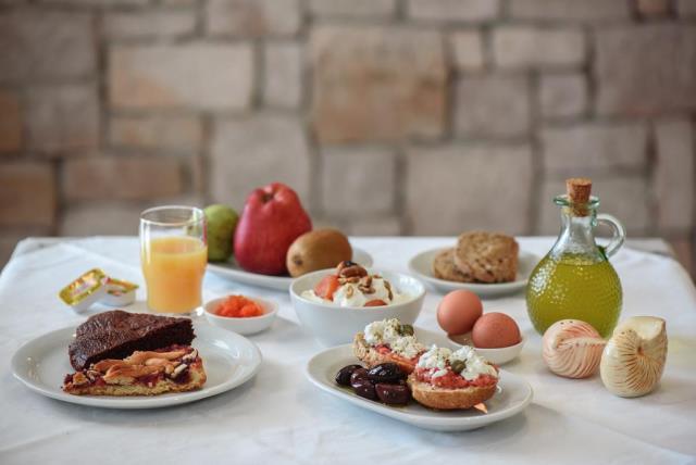 Tania Milos, ξενοδοχείο Μήλος - πρωινό