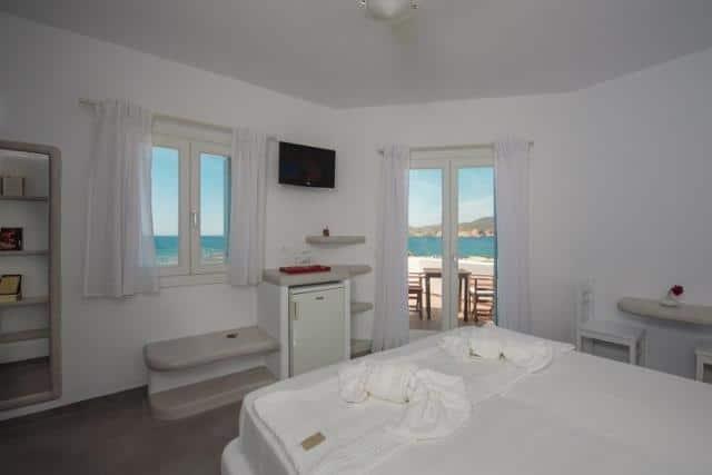 Tania Milos, ξενοδοχείο Μήλος - δωμάτιο με θέα στη θάλασσα
