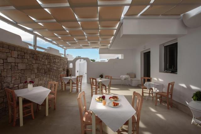 Tania Milos, ξενοδοχείο Μήλος - χώρος πρωινού