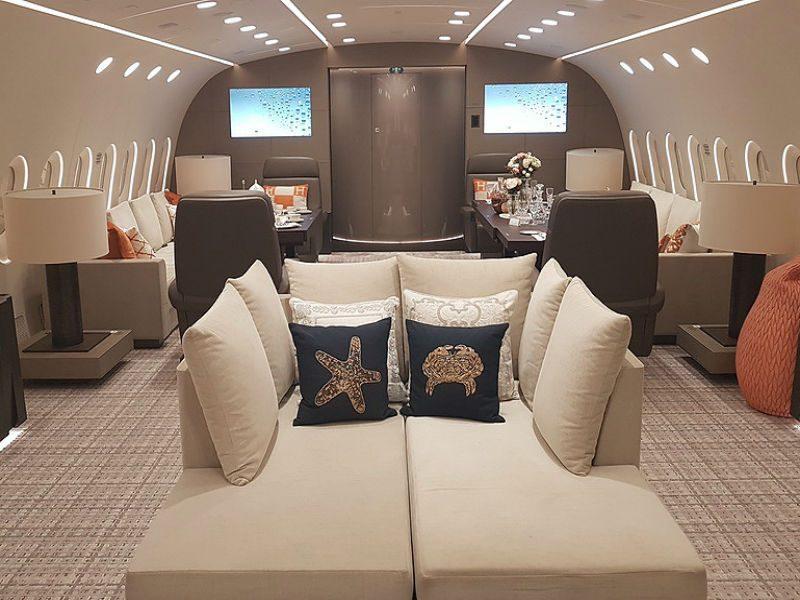 Ξενάγηση στο μοναδικό ιδιωτικό Boeing 787 Dreamliner του κόσμου!