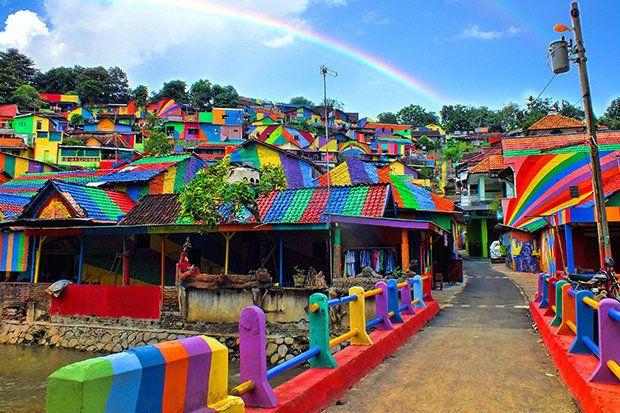 Kampung Pelangiin Malang, Ινδονησία