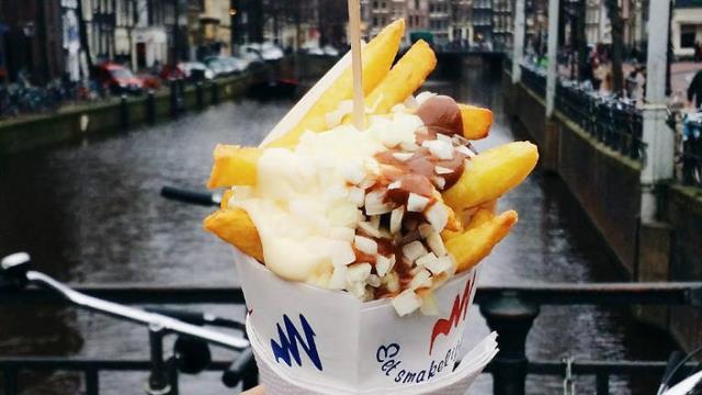 Oorlog - ολλανδικές τηγανιτές πατάτες