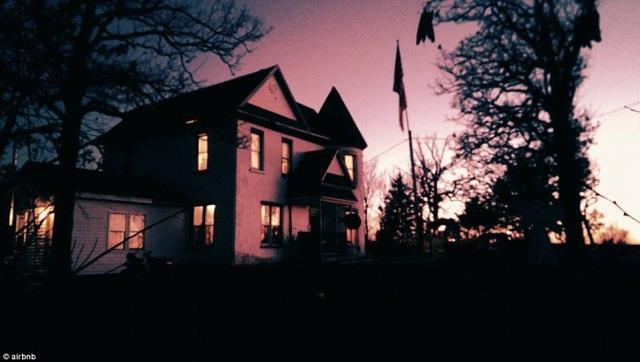 Paranormal Paradise - στοιχειωμένο αρχοντικό