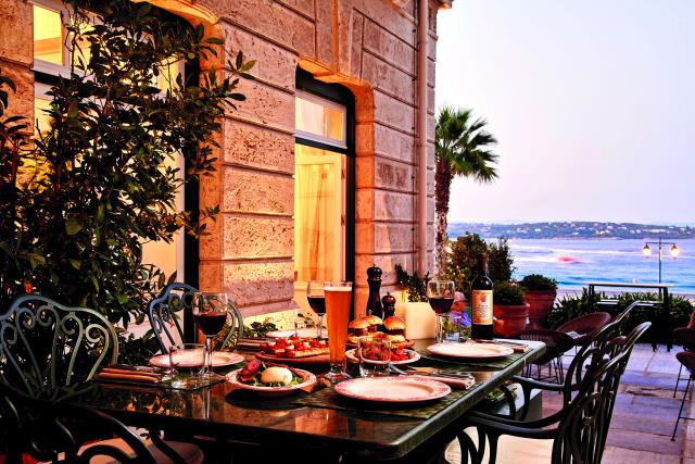Poseidonion Grand Hotel - Il Cortile Meat Wine Restaurant