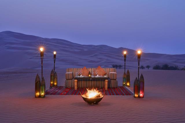Qasr al Sarab Desert Resort, Άμπου Ντάμπι - δείπνο