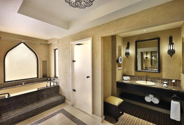 Qasr al Sarab Desert Resort, Άμπου Ντάμπι - μπάνιο