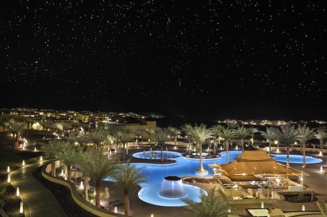 Qasr al Sarab Desert Resort, Άμπου Ντάμπι - πισίνα