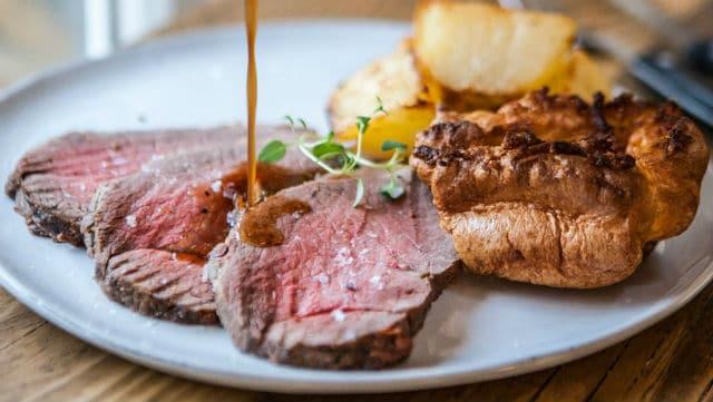 Sunday Roast - βρετανικά φαγητά