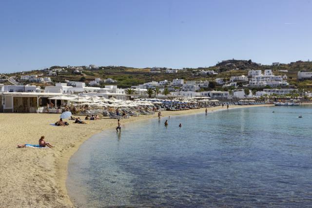 Aperanto Galazio παραλία