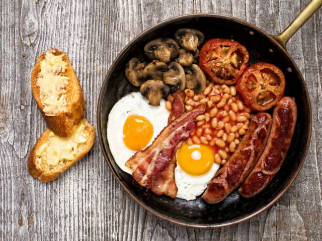 English Breakfast - βρετανικά φαγητά