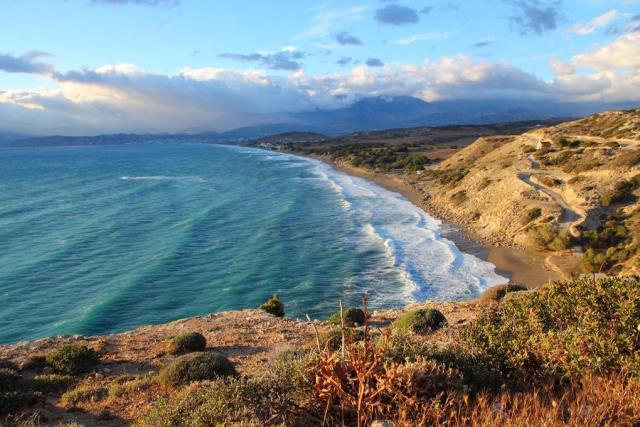 Κομμός - παραλία Κρήτη