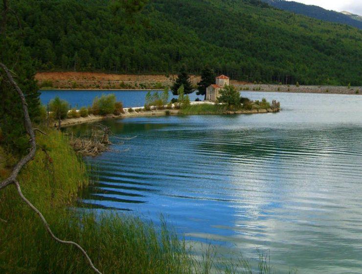 Η ελληνική λίμνη Λοχ Νες