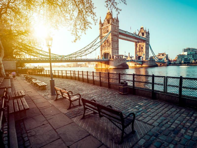 8+1 πράγματα που δεν πρέπει να κάνετε στο Λονδίνο!