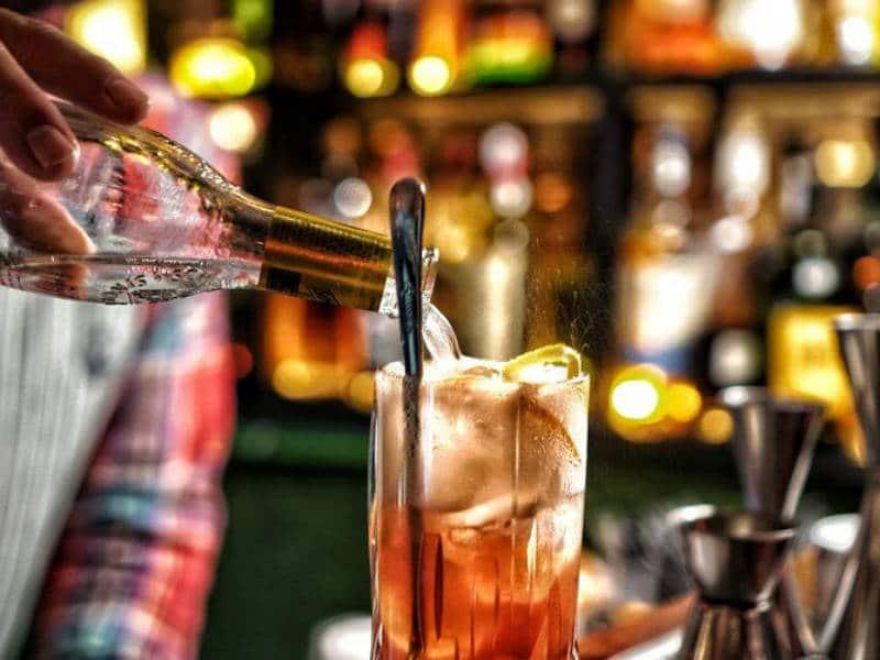 Ποτό σε μπαρ