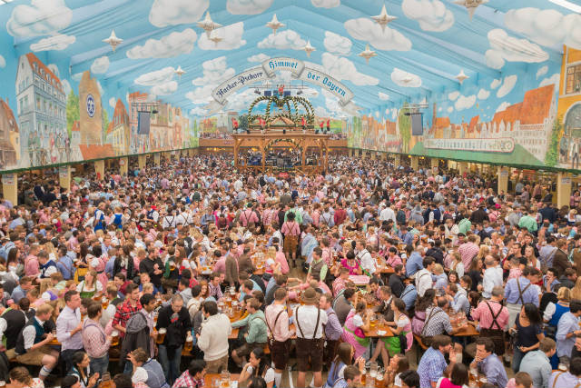 Oktoberfest φεστιβάλ μπύρας Μόναχο