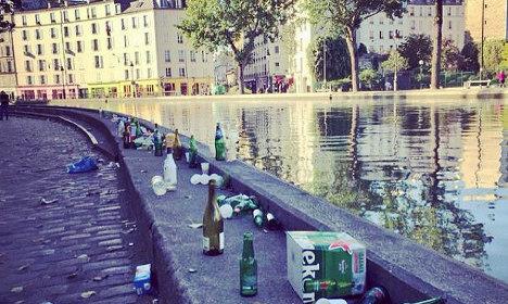 Βρόμικοι δρόμοι στο Παρίσι