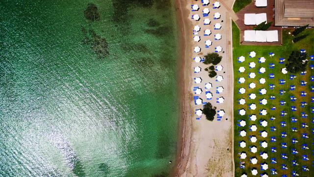 Πόρτο Χέλι παραλίες
