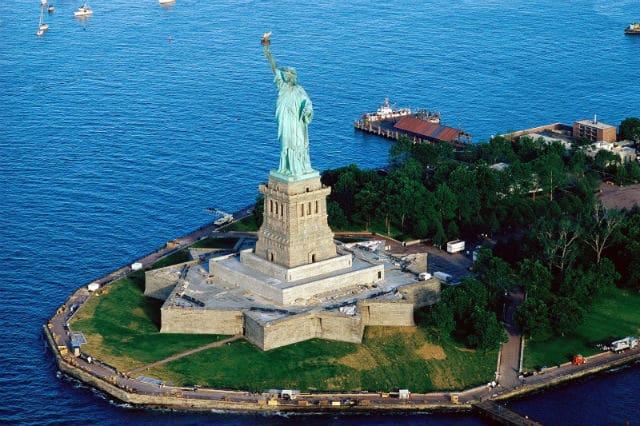 Άγαλμα της Ελευθερίας χρώμα